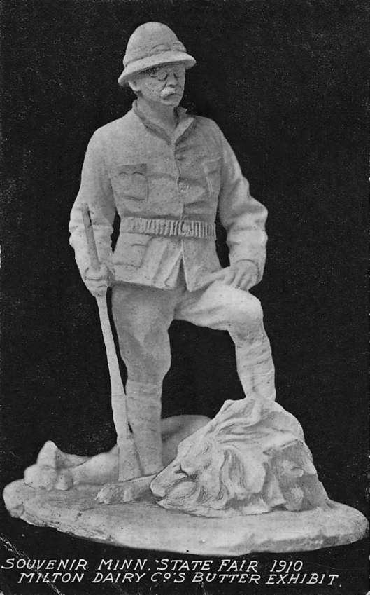 John_K._Daniels's_butter_sculpture_of_Teddy_Roosevelt,_Minnesota_State_Fair,_1910