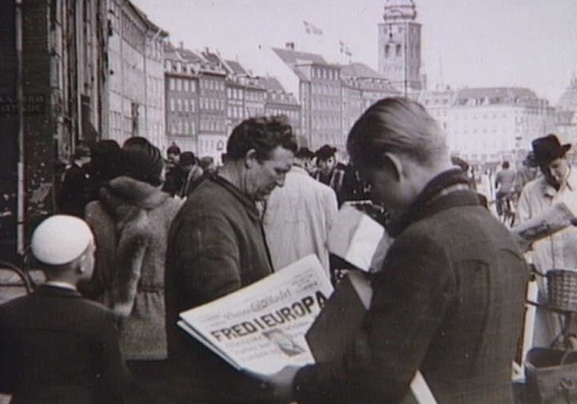 Danes in Copenhagen read of the end of the Second World War, 8 May 1945