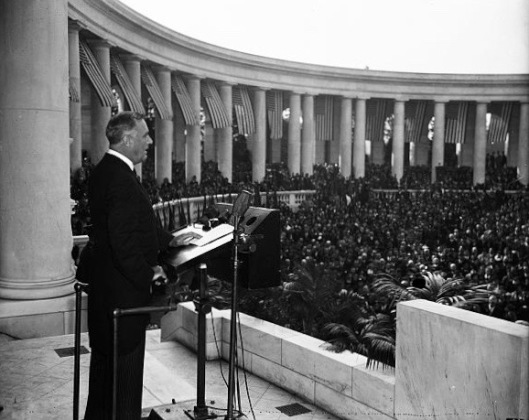 President Roosevelt speaking at Arlington Cemetery, Armistice Day 1935