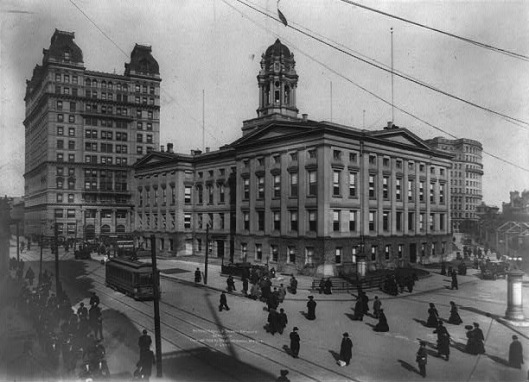Borough Hall in 1908, the year the subway opened at this location. Note the two subway entrances.